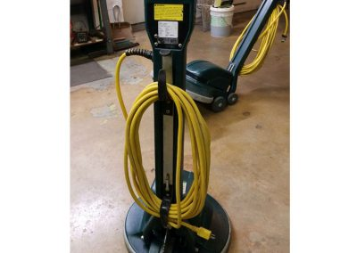 Nobles Tennant Typhoon Wet Dry Vacuum LR 104964